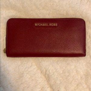 NWT MK Jet Set Wallet